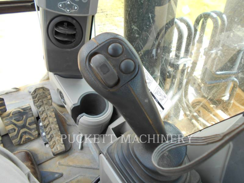 CATERPILLAR TRACK EXCAVATORS 324EL equipment  photo 22
