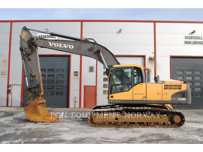 VOLVO ESCAVATORI CINGOLATI EC240NC equipment  photo 1