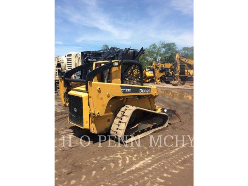JOHN DEERE CARGADORES MULTITERRENO CT332 equipment  photo 1