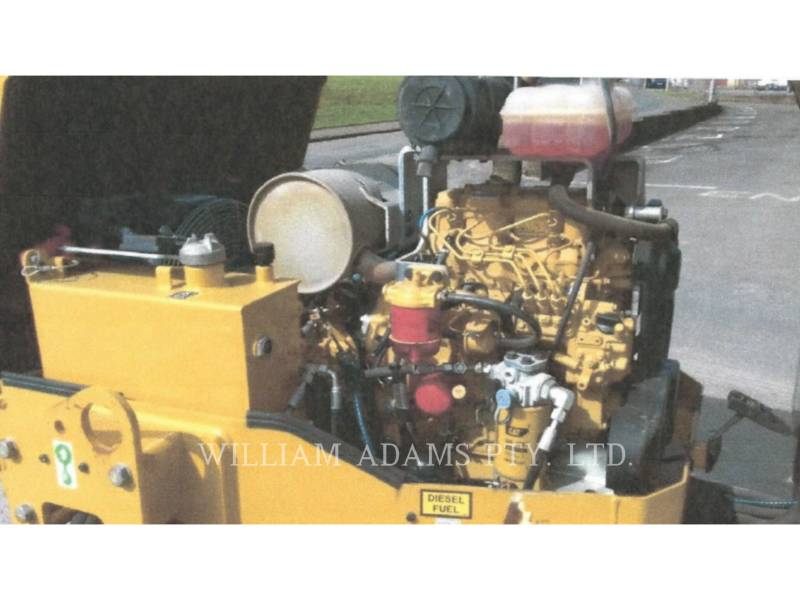 CATERPILLAR COMPATTATORE PER ASFALTO A DOPPIO TAMBURO VIBRANTE CB24BLRC equipment  photo 6