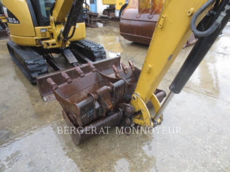 CATERPILLAR ESCAVATORI CINGOLATI 303C CR equipment  photo 2