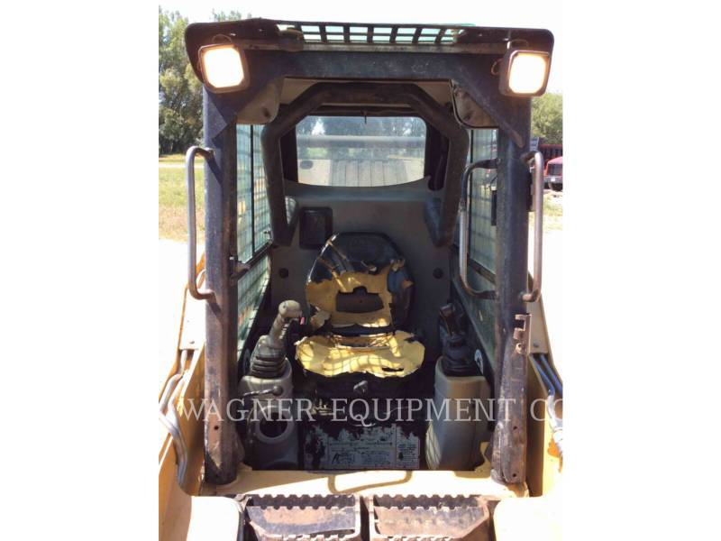 CATERPILLAR CHARGEURS COMPACTS RIGIDES 232 equipment  photo 6