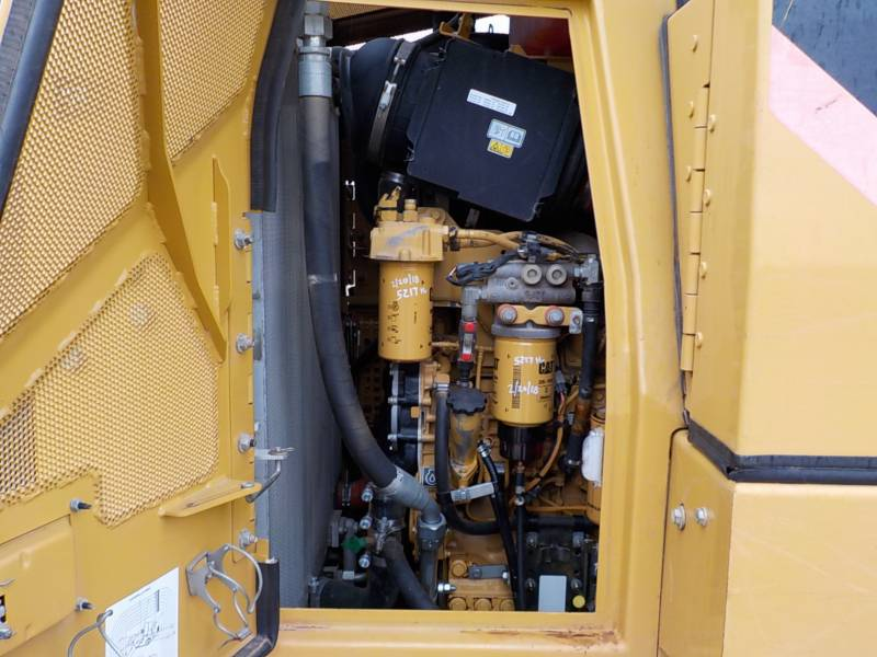 CATERPILLAR TRACK LOADERS 953D equipment  photo 18