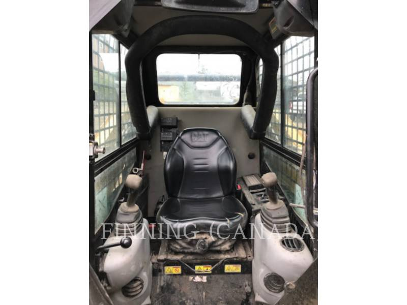 CATERPILLAR PALE COMPATTE SKID STEER 242B3 equipment  photo 7