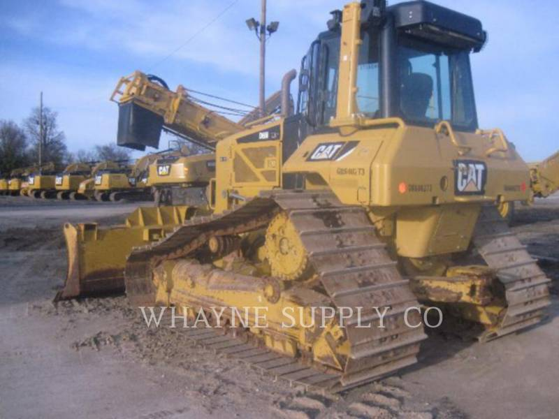 CATERPILLAR TRATTORI CINGOLATI D6N LGP equipment  photo 2