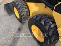 CATERPILLAR SKID STEER LOADERS 236DS equipment  photo 8