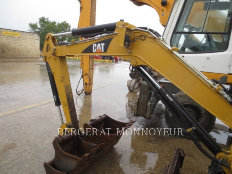 CATERPILLAR EXCAVADORAS DE CADENAS 303C CR equipment  photo 9