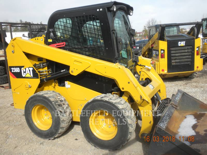 CATERPILLAR SCHRANKLADERS 236D equipment  photo 3