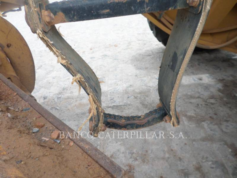 CATERPILLAR MOTOR GRADERS 120K equipment  photo 11