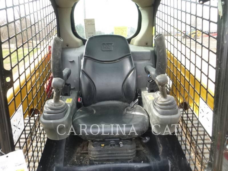 CATERPILLAR 履帯式ローダ 239D equipment  photo 6