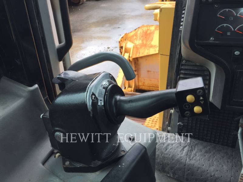 CATERPILLAR TRACTORES DE CADENAS D6TXL equipment  photo 11