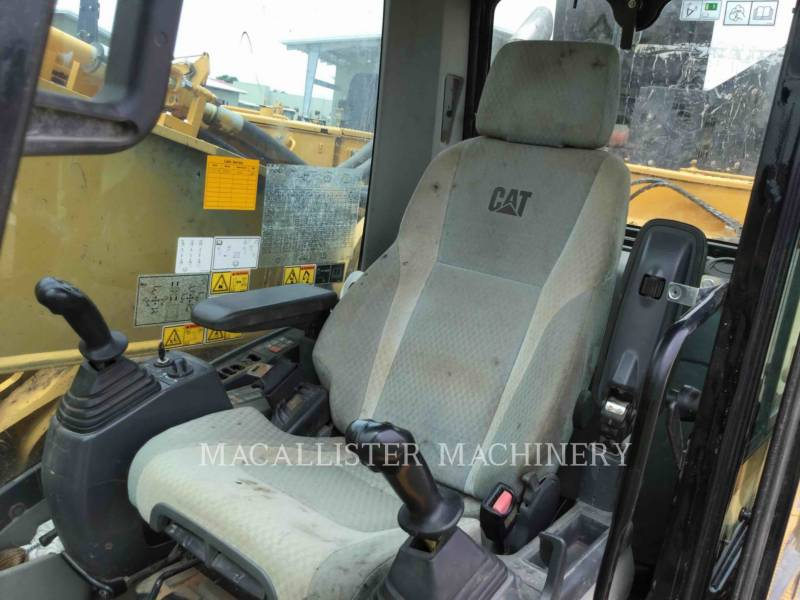 CATERPILLAR TRACK EXCAVATORS 374DL equipment  photo 9