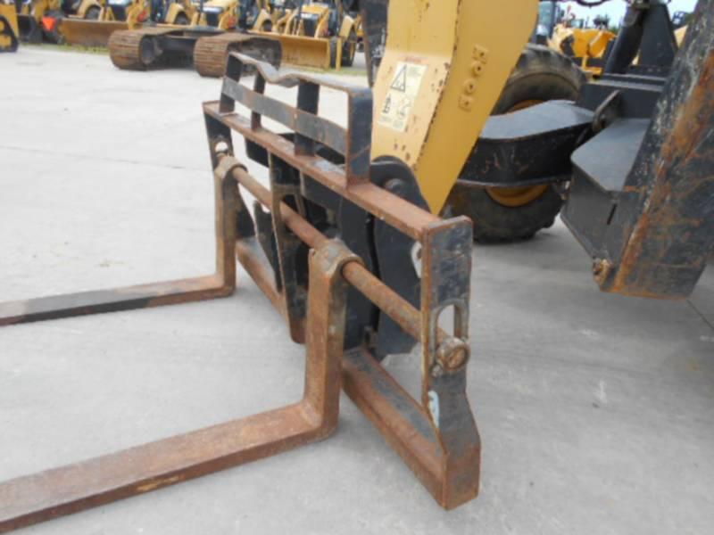 CATERPILLAR TELEHANDLER TL1055 equipment  photo 10