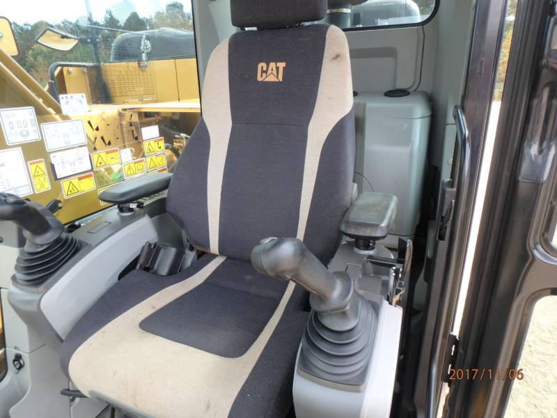 CATERPILLAR TRACK EXCAVATORS 323FL equipment  photo 10