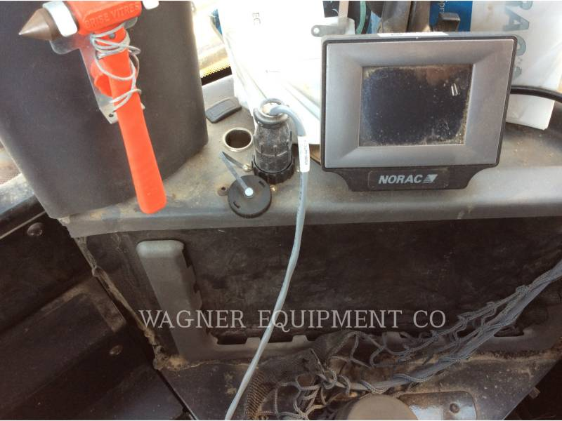 AG-CHEM SPRAYER RG1300 equipment  photo 13