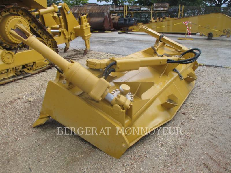 CATERPILLAR TRACK TYPE TRACTORS D7RII equipment  photo 7