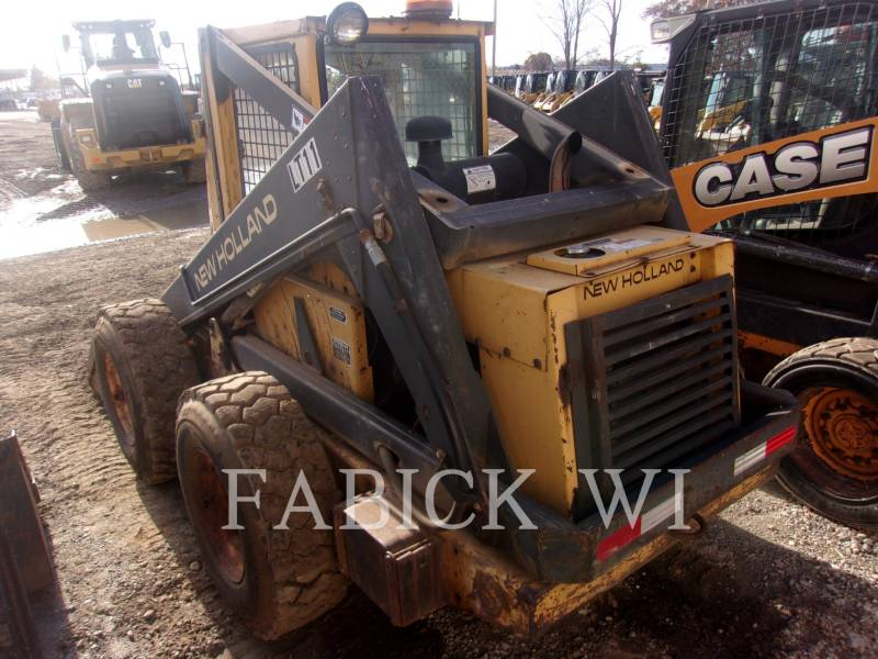 NEW HOLLAND LTD. SKID STEER LOADERS L785 equipment  photo 4
