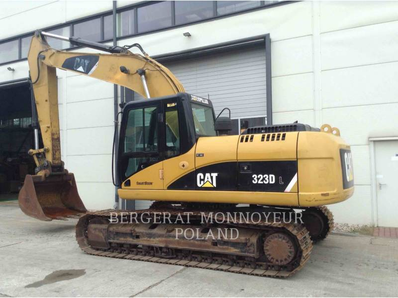 CATERPILLAR TRACK EXCAVATORS 323DL equipment  photo 4