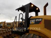 CATERPILLAR VIBRATORY SINGLE DRUM PAD CP54B equipment  photo 10