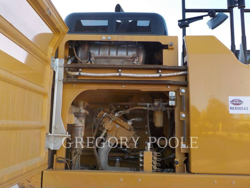 CATERPILLAR トラック油圧ショベル 329FL equipment  photo 15