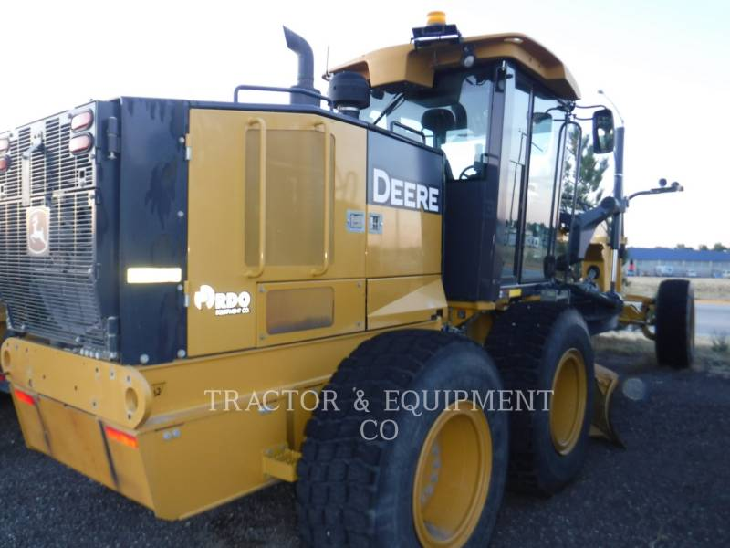 JOHN DEERE NIVELEUSES 770GP equipment  photo 6