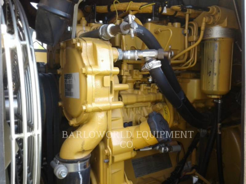 CATERPILLAR COMPATTATORE A SINGOLO TAMBURO VIBRANTE LISCIO CS-533E equipment  photo 15