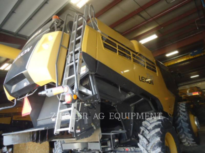 LEXION COMBINE COMBINADOS 730 equipment  photo 6