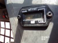 CATERPILLAR SKID STEER LOADERS 226B3 equipment  photo 12
