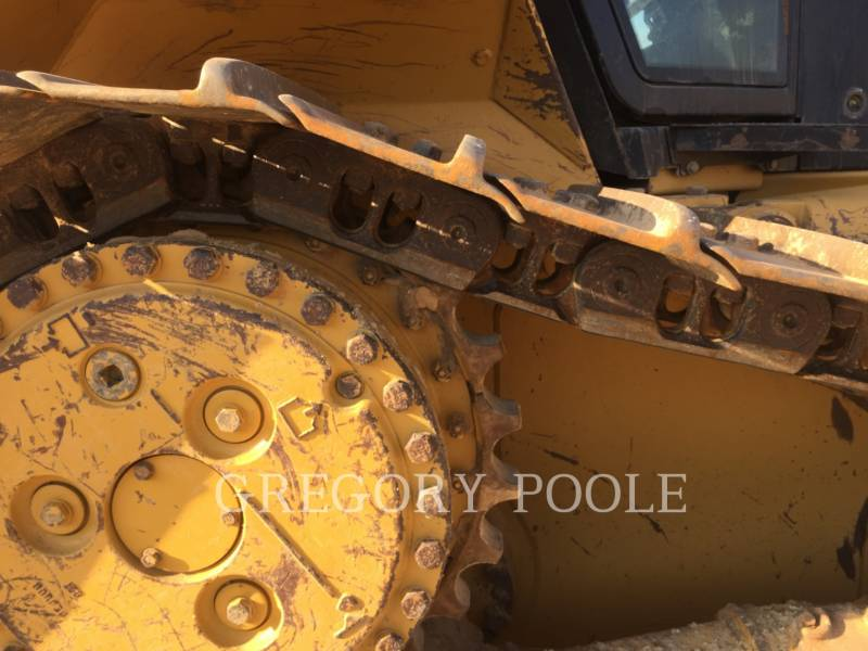 CATERPILLAR KETTENDOZER D6N equipment  photo 20