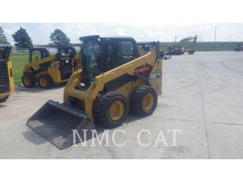 CATERPILLAR MINICARGADORAS 242D equipment  photo 6