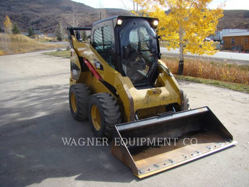 CATERPILLAR CHARGEURS COMPACTS RIGIDES 262C2 equipment  photo 4