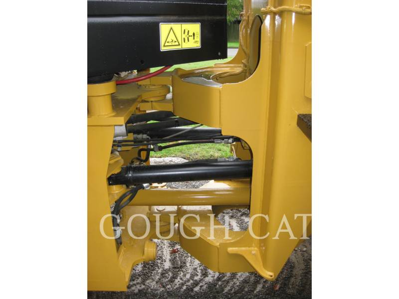 CATERPILLAR CARGADORES DE RUEDAS 910H equipment  photo 13