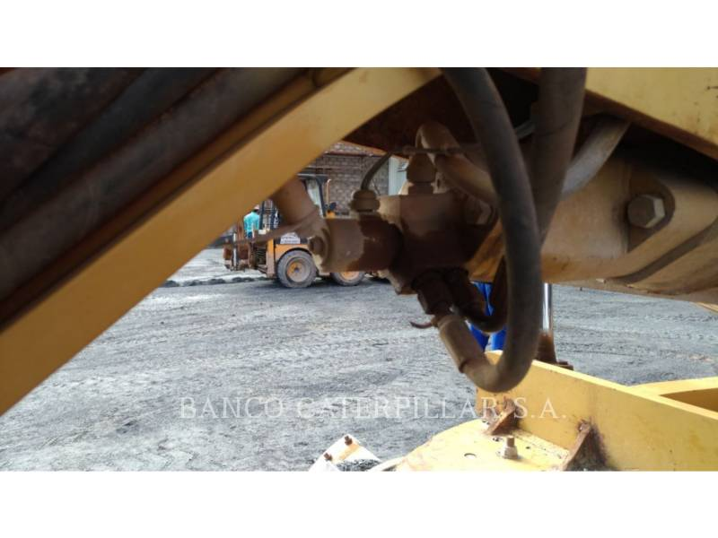 CATERPILLAR NIVELEUSES 120K equipment  photo 8