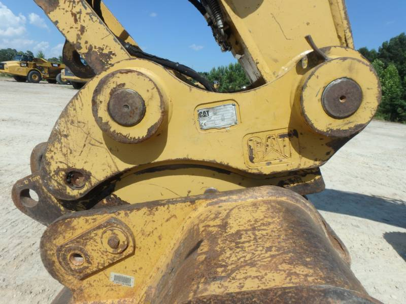 CATERPILLAR TRACK EXCAVATORS 320DLRR equipment  photo 8