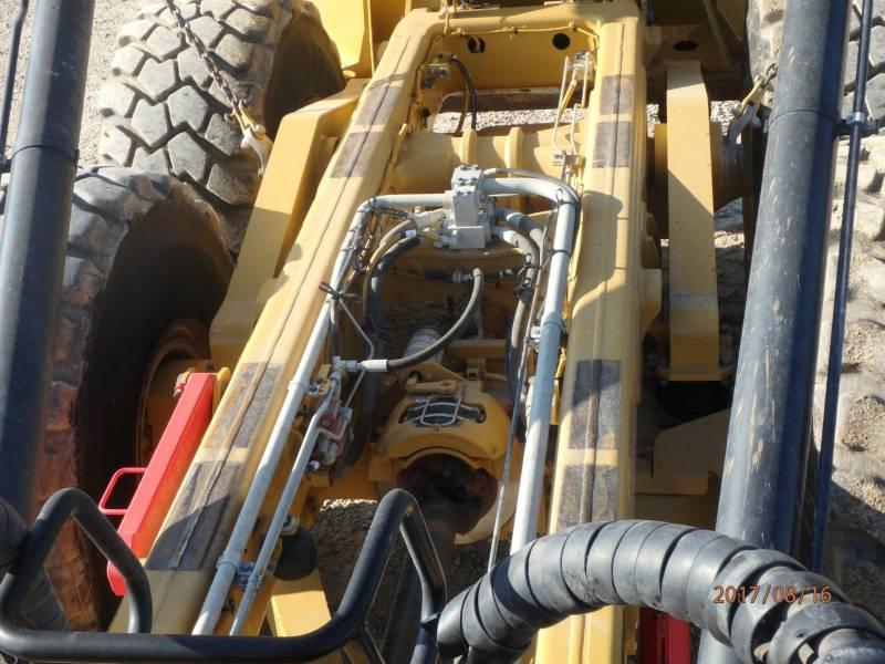 CATERPILLAR CAMIONES ARTICULADOS 740B equipment  photo 8