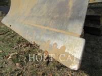 CATERPILLAR TRACK TYPE TRACTORS D4G equipment  photo 13