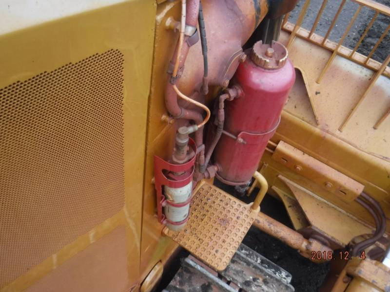 CATERPILLAR TRACK TYPE TRACTORS D9T equipment  photo 19