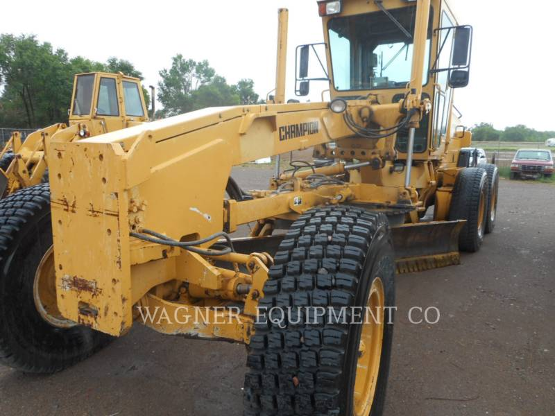 CHAMPION MOTOR GRADERS 720A equipment  photo 4