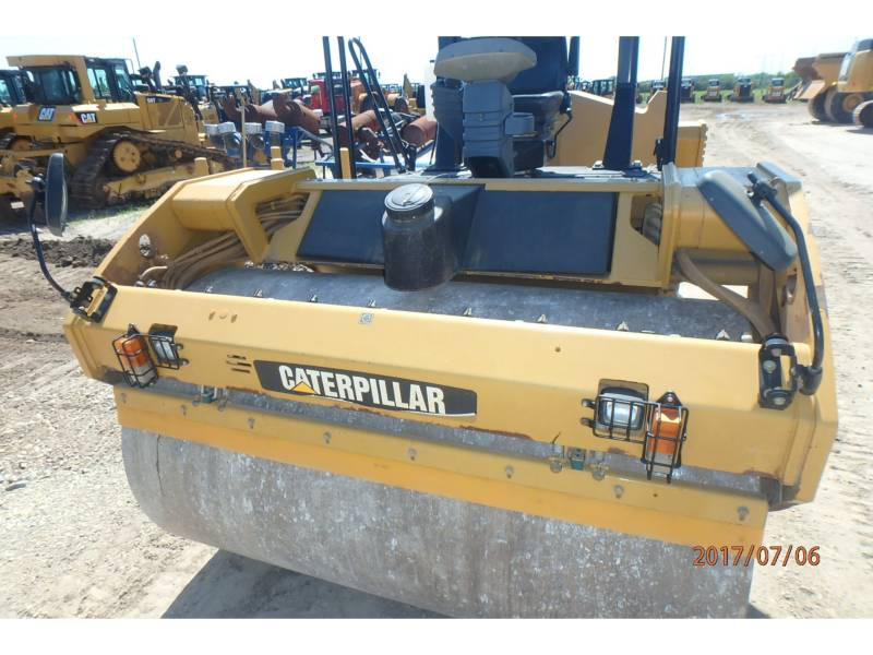 CATERPILLAR TANDEMVIBRATIONSWALZE, ASPHALT CB64 equipment  photo 5