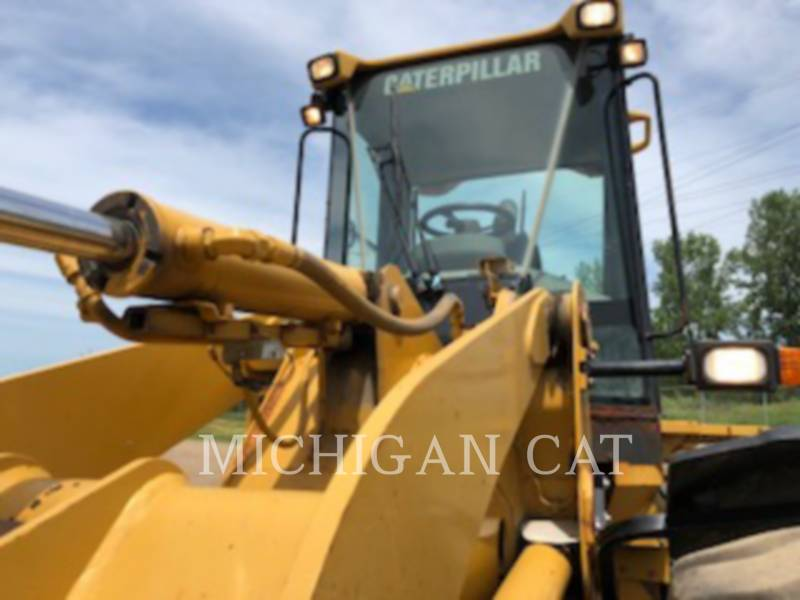 CATERPILLAR PALE GOMMATE/PALE GOMMATE MULTIUSO 924GZ equipment  photo 10