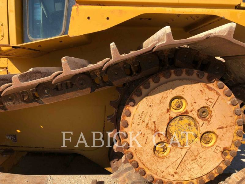 CATERPILLAR TRACK TYPE TRACTORS D6T LGPARO equipment  photo 9