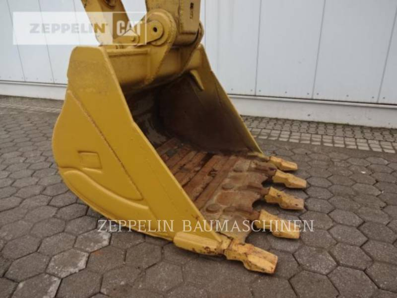 CATERPILLAR TRACK EXCAVATORS 336DL equipment  photo 22