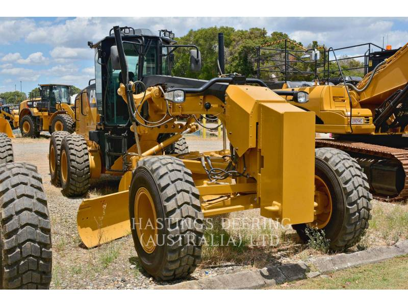 CATERPILLAR NIVELEUSES 160M equipment  photo 3
