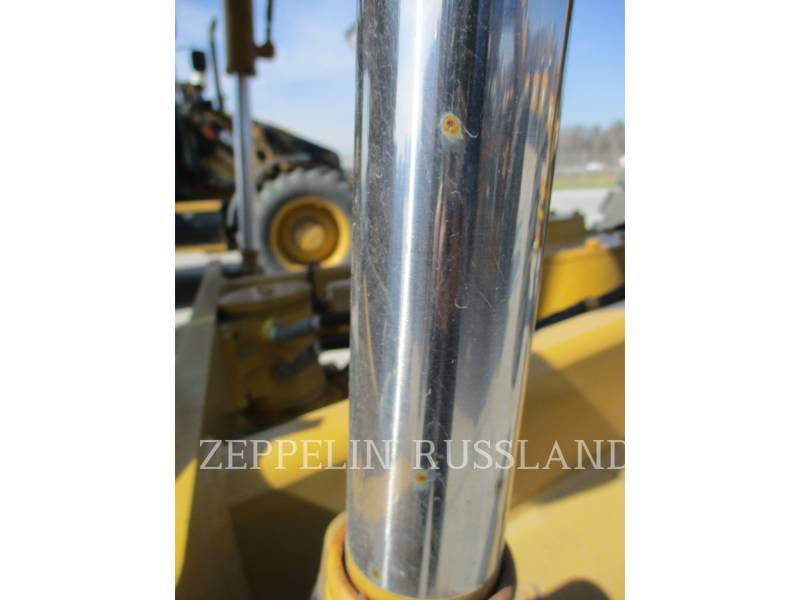 CATERPILLAR NIVELEUSES 140K equipment  photo 6