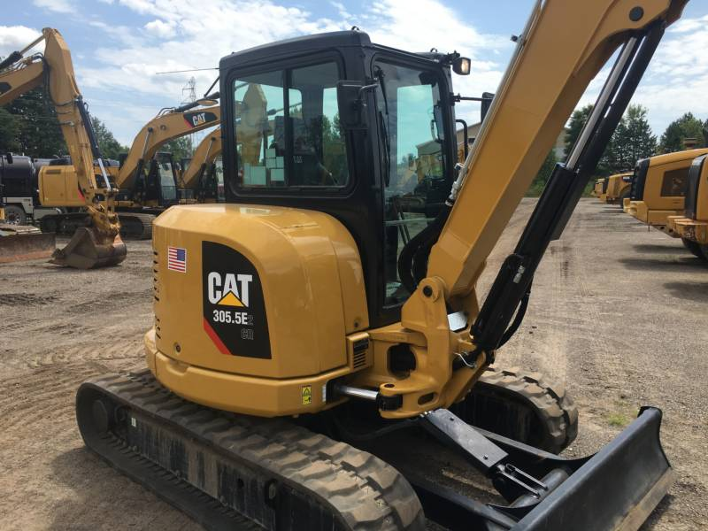 CATERPILLAR トラック油圧ショベル 305.5E2CR equipment  photo 8