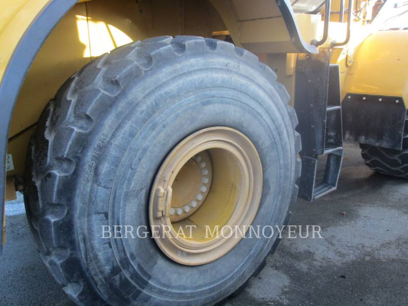 CATERPILLAR CARGADORES DE RUEDAS 972M equipment  photo 10