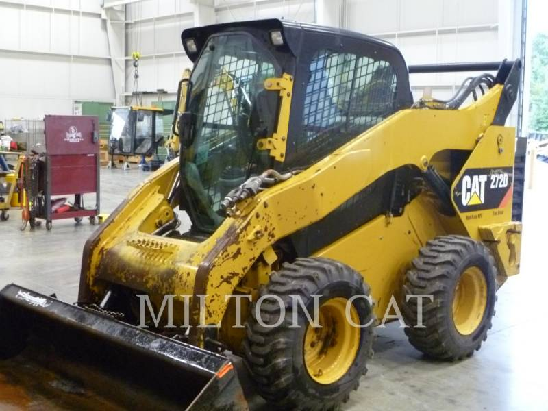 CATERPILLAR CHARGEURS COMPACTS RIGIDES 272D equipment  photo 1