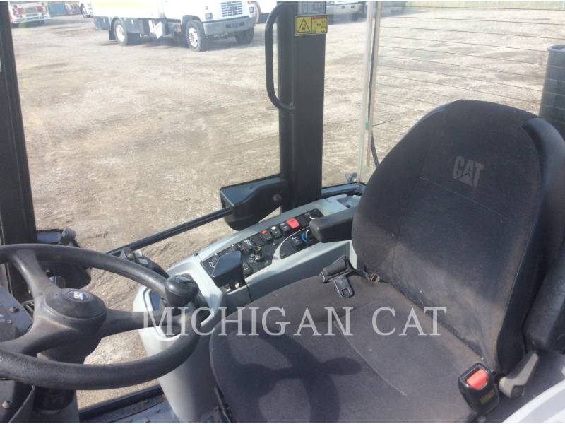 CATERPILLAR CARGADORES DE RUEDAS 906H2 C equipment  photo 5