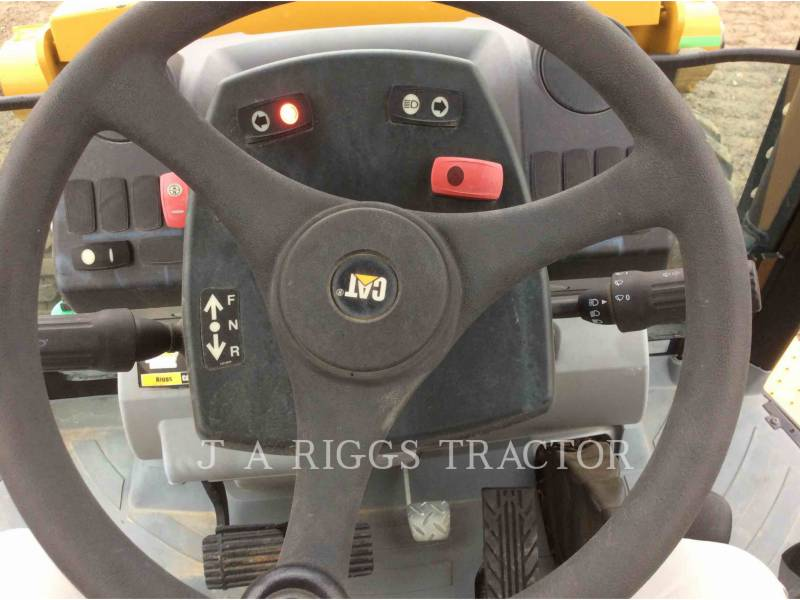 CATERPILLAR CHARGEUSES-PELLETEUSES 420F 4E equipment  photo 20