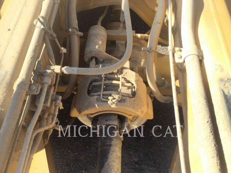 Caterpillar CAMIOANE ARTICULATE 740 T equipment  photo 12